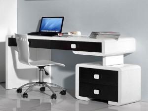 Lựa chọn vật liệu chế tạo bàn làm việc phù hợp công việc