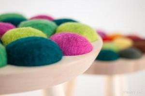 Ngẫu hứng với chiếc ghế đôn đầy màu sắc