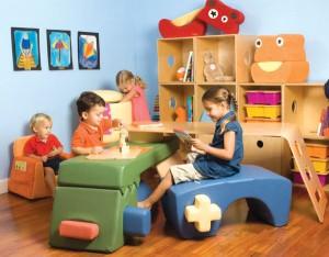 Chọn nội thất nhiều ngăn cho phòng trẻ em
